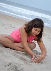 calyn sand play